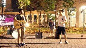"Samuel Chang and Alan Vong sang ""Endless Love"" and ""Youth Anthem"". 曾譽昇和黃安麟同學以悅耳的歌聲合唱《新不了情》和《青春頌》。"
