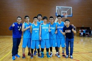 For final year students, this basketball tournament would probably be their last big basketball event to represent SHEAC. 對於應屆畢業生來說,這個總決賽很可能是他們最後一個代表SHEAC的大型籃球賽事了 。