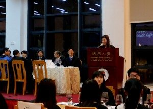 Student Ma Cheuk Sze served as the emcee of the event.  馬卓思同學擔任活動司儀。