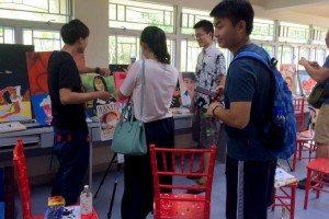 Arts Room: Students were very impressed! 畫室:令人印象深刻!